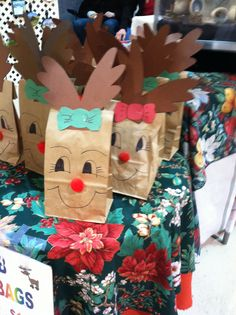 I took a picture of these at a Christmas craft fair.