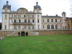 Chateau De Cruix in Lyon, France - stunningly gorgeous.