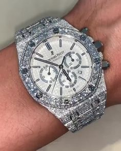 Cool Watches, Rolex Watches, Gentlemen Wear, Used Rolex, Expensive Watches, Moissanite Diamonds, Diamond Settings, Luxury Watches For Men, Audemars Piguet