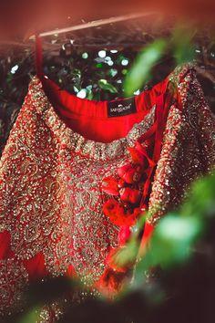 #sabyasachi #bridal #lehenga Wedding Salwar Suits, Patiala Salwar Suits, Punjabi Suits, Sabyasachi Lehenga Bridal, Bridal Sarees, Indian Wedding Gowns, Gown Wedding, Punjabi Bride, Bridal Outfits