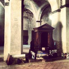 Sant'Antonio's church, working on Monika Bulaj's exhibition @festivalcortona