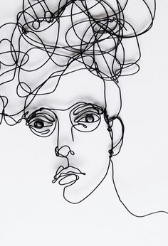 Wire wall art large sculpture of Woman with от morphingpot