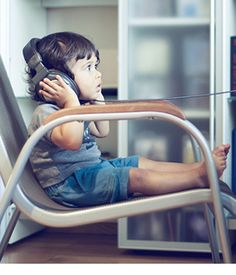 There is a big benefit in using music for teaching kids. Children like recurring patterns, and calming and relaxing music can help in down or story time. Good Listening Skills, Audio Books For Kids, Children Books, Ohio, Kids Headphones, Musical, Teaching Kids, Michigan, Improve Yourself