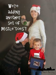 A Fun Christmas Time Pregnancy Annoucement