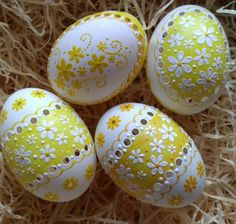 Painting Eggs, Eastern Eggs, Egg Shell Art, Egg Decorating, Egg Shells, Fascinator, Holidays, Crafts, Wood