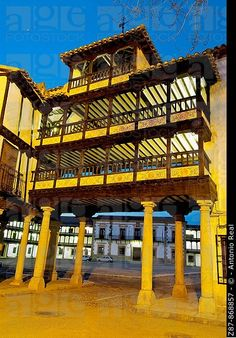 Main Square, Tembleque. Toledo province, Castilla-La Mancha, Spain