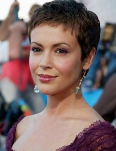 Today we have the most stylish 86 Cute Short Pixie Haircuts. We claim that you have never seen such elegant and eye-catching short hairstyles before. Pixie haircut, of course, offers a lot of options for the hair of the ladies'… Continue Reading → Very Short Haircuts, Short Hairstyles For Women, Boy Haircuts, Blonde Haircuts, Cheveux Courts Funky, Super Short Hair, Haircut Styles, Pixie Hairstyles, Casual Hairstyles