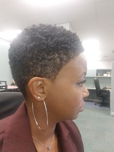 Curls are popping today! Natural Hair Cuts, Natural Hair Braids, Natural Hair Styles, Black Hair Cuts, Short Hair Cuts, Shaved Hair Cuts, Twa Hairstyles, Cute Cuts, Short Styles