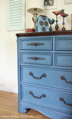 Aubusson Blue Dresser Redo - Thrift Store Dresser - #chalkpaint #aubussonblue artsychicksrule.com