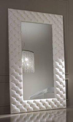 Megrendelésre készítünk, ilyen és hasonló tükör kereteket is. Fancy Houses, Bedroom Wall, Bathroom Lighting, Mirror, Rooms, Furniture, Home Decor, Ideas, Home Decor Accessories