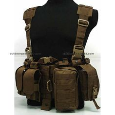 US Delta Force Elite Hydration Molle Vest Coyote Brown - Tactical Vest - Tactical Gear - Online Superior Shop for Tactical Gears Clothing Equipment Manufacturer