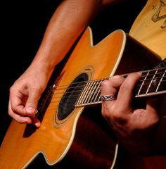 Kostenlos, völlig gratis und for free Gitarre lernen - auf einfach-gitarre-lernen.de