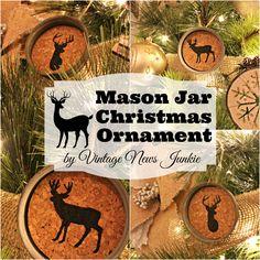 How to Make a Mason Jar Christmas Ornament #MasonJar #Christmas #Holiday