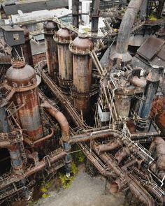 Warhammer Terrain, 40k Terrain, Wargaming Terrain, Warhammer 40k, Abandoned Buildings, Abandoned Places, Abandoned Homes, Abandoned Factory, Industrial Architecture