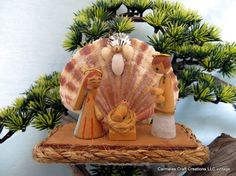 Nativity sea shell free standing christmas by CarmelasCoastalCraft, $9.99