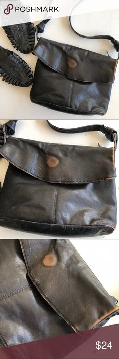 "Genuine leather vintage 70's shoulder bag 1970's vintage genuine leather shoulder bag. Wear & some rubbing in places, adds to purses beautiful patina. Fold over style, zipper on back side of handbag. Magnetic closure to main compartment. Purse is 9"" by 11"" , strap is 12"" drop vintage Bags Shoulder Bags"
