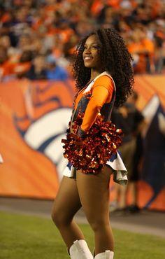 DBC Black Cheerleaders, Denver Bronco Cheerleaders, Broncos Fans, Denver Broncos, Serena Williams Photos, Professional Cheerleaders, Cheerleading Pictures, Sexy