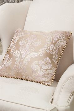 Light gold lustrous sheen makes the violet ivy more curvaeous and vivid. This gorgeous pillow will lighten up your living room, bedroom or any room you decide to place it. http://www.celuce.com/p/83/gold-ivy-pillow-case