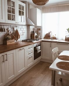Kitchen Room Design, Farmhouse Kitchen Decor, Modern Kitchen Design, Home Decor Kitchen, Interior Design Kitchen, Home Decor Bedroom, Home Kitchens, Cuisines Design, Kitchen Remodel