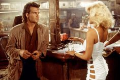 20 Fun Facts About Road House - What you need to know as the Patrick Swayze classic turns 25 Patrick Swayze, Cheryl James, Jennifer Grey, Sam Elliott, Dating Humor Quotes, The Big Lebowski, Star Pictures, Dirty Dancing, Tom Hanks