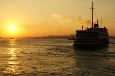 Sonnenuntergang am Kai von Kadiköy Istanbul, Türkei  sunset at Kadiköy Istanbul, Turkey #sunset #istanbul #turkey