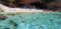 Kristallklares Wasser auf der Insel Hvar