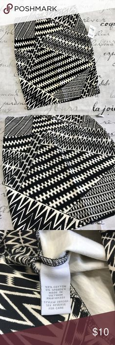 Tribal Mini Skirt Tribal design mini skirt by Charlotte Russe  --  Size small --  Black and cream  94% Cotton, 6% Spandex  A15 Charlotte Russe Skirts Mini