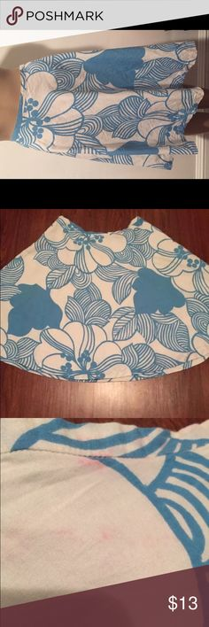 """Vintage French Connection Minor Wear SZ 10 French Connection blue and white Floral A-line skirt size 10. Waist: 32"""" Length: 23"""" At or below knee length skirt. Minor wear. A few small spots on skirt. See photos. Invisible Side zipper. French Connection Skirts A-Line or Full"""