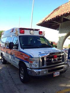 FOTOGRAFÍA CON TU #UNIDAD O EQUIPO DESDE PUERTO RICO Nuestro compañero @Benjamin Rosario Torres, del Cuerpo de Emergencias Médicas Estatal de #Puerto Rico, zona 3, Aguadilla, nos muestra imágenes ... http://www.ambulanciasyemergencias.co.vu/2015/06/EQUIPO_8.html