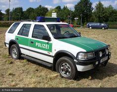 Opel Frontera - polizei