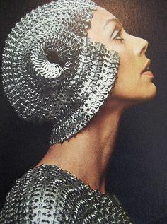 Headpiece    Paco Rabanne    1974