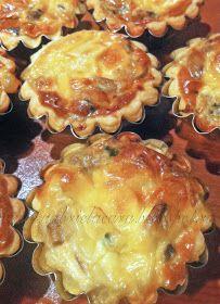 Gabriela's blog: MINI TARTE CU CIUPERCI Canapes, Recipies, Muffin, Good Food, Food And Drink, Cooking Recipes, Favorite Recipes, Lunch, Breakfast