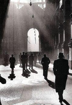 """""""Galleria"""", 1945. (Foto: Federico Patellani)"""