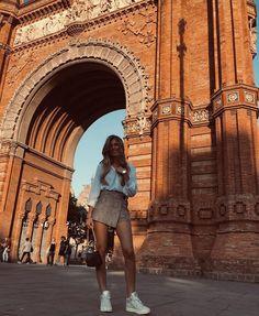 Barcelona Outfit, Barcelona Fashion, Barcelona Travel, Foto Barcelona, Outfits For Spain, Summer Outfits, Mexico Travel, Spain Travel, Arquitectura Wallpaper