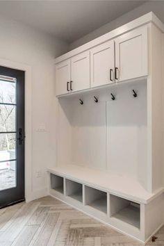 Mudroom Ideas – DIY Rustic Farmhouse Mudroom Decor, Storage and Mud Room Designs We Love – Clever DIY Ideas - Modern farmhouse Mudroom Cubbies, Mudroom Laundry Room, Mudroom Cabinets, Farmhouse Style Decorating, Rustic Farmhouse, Farmhouse Ideas, New Homes, House Design, Decoration