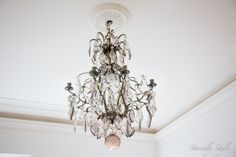 white decor  chandalier