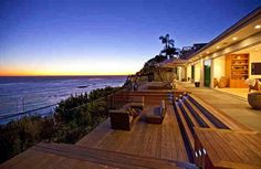 Oceanfront luxury vacation home for sale at Encinal Bluff along the Pacific Coast Highway in Malibu, California Malibu, Houses Architecture, Malibu Beach House, Malibu Houses, Beachfront Property, Dream Beach Houses, Malibu Beaches, Waterfront Homes, Luxury Houses