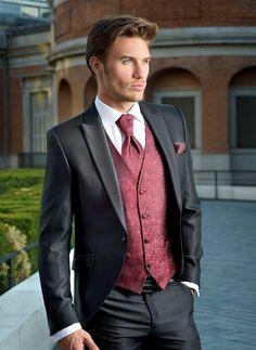Burgundy and Black Suit Burgundy and Black Suit Groom Tuxedo, Tuxedo For Men, Black Tuxedo, Tuxedo Wedding, Wedding Suits, Black Suit Wedding, Mens Fashion Suits, Mens Suits, Black Suit Men