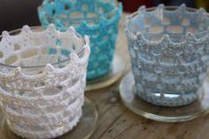 Crochet Pattern for IKEA Votives (in Swedish) Crochet Decoration, Crochet Home Decor, Diy Candels, Crochet Jar Covers, Crochet Bowl, Crochet Embellishments, Candle Craft, Crochet Dishcloths, Crochet Kitchen