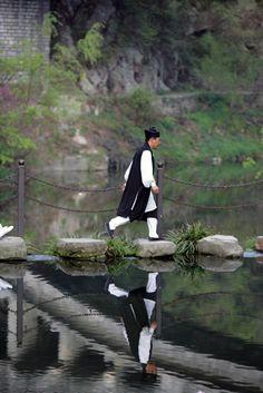 Photos of Wudang Master Wang  www.wudang-kungfu.net