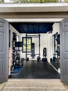 A messy backyard shed gets an inexpensive DIY transformation into an at home gym shed using secondhand equipment and storage solutions.