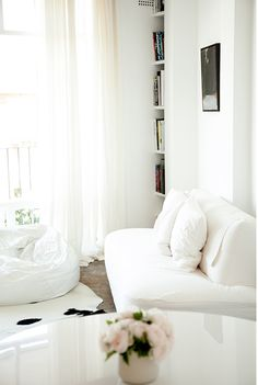 My small white Sydney apartment