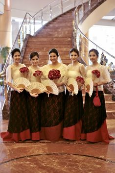 Celebrity Wedding: Charlie Fernandez and Paula Peralejo Filipiniana Wedding Theme, Modern Filipiniana Dress, Wedding Gowns, Filipino Fashion, Philippine Fashion, Brazilian Wedding, Filipino Wedding, Wedding Entourage, Wedding Motifs