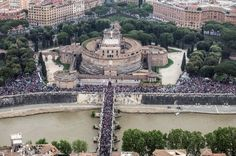 The Vatican's former auditor general who resigned in June told a newspaper there were high ranking figures who were seeking to scupper Pope Francis's financial reform efforts