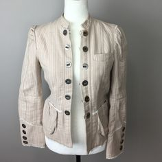 """Marc Jacobs Jacket 6 This is a beautiful medium weight piece made of 100% cotton with a full lining. Substantial hardware. There is some staining on the liner around the armpits. 20"""" length, 32"""" bust, 22"""" sleeve shoulder to hem. Marc Jacobs Jackets & Coats Blazers"""