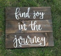 Find Joy In The Journey Slatted Wood Sign by PeachWoodCrafts #creativewoodworking
