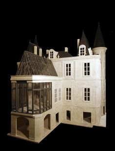 Architectural miniatures for collectors. One-of-a-kind miniature houses and rooms. Diy Dollhouse, Dollhouse Miniatures, Dollhouse Design, Fairy Houses, Doll Houses, Sims House, Miniature Houses, Small World, Little Houses