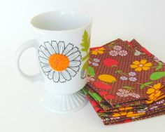 Daisies are the Friendliest Flower! Mary Wald's Vintage Place: Vintage Daisy Coffee Cup for the Friendliest Cup of Coffee
