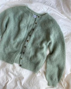 Big Yarn, Mohair Yarn, Knit Dishcloth, Green Cardigan, Knit In The Round, Work Tops, Raglan, Stockinette, Knitwear