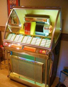 I WANT A JUKEBOX!!!!